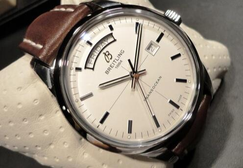 Excellent reproduction watches are exact in the time display.